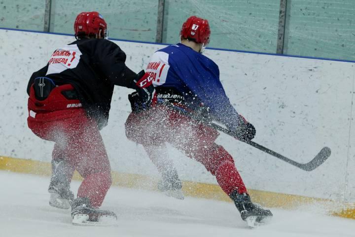 Россия вышла в полуфинал молодежного ЧМ по хоккею