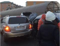 В ГИБДД прокомментировали массовое ДТП на Столетии во Владивостоке
