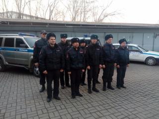 Сотовый телефон украли у таксиста в Приморье