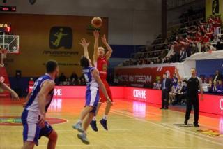 «Спартак-Приморье» победил во Владивостоке армейцев со счетом 77:70