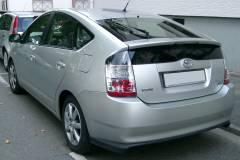 Во Владивостоке у сотрудницы ГУФСИН угнали Toyota Prius