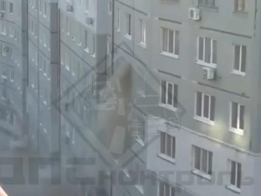 Огнеборцы Владивостока ликвидировали пожар в многоквартирном доме