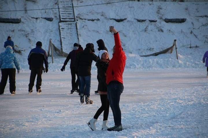 Нужны ли медпункты на катках Владивостока?