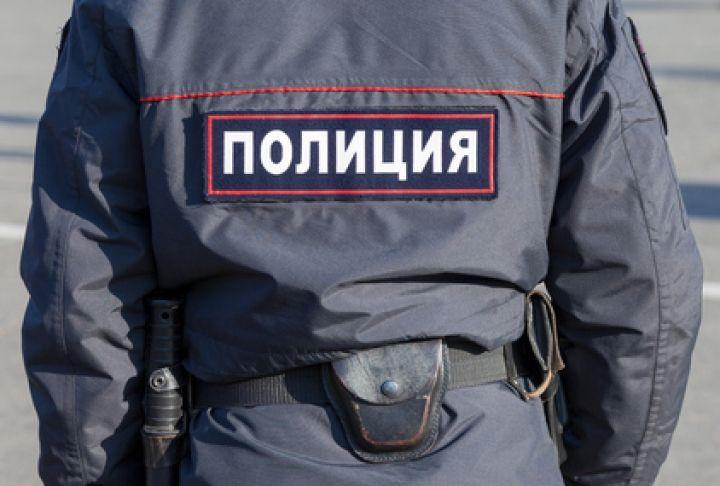 Жительнице Владивостока на детской площадке плеснули водкой в лицо