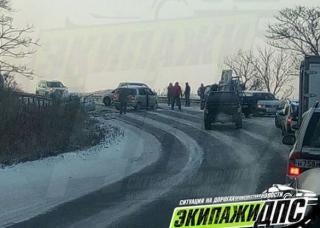 Снег стал причиной многочисленных ДТП в Приморье