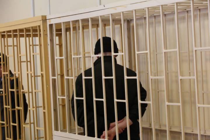 Житель Артема отправился в тюрьму за кражу мобильного телефона