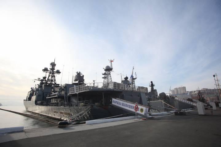 Экипажи кораблей ТОФ готовятся к выходам в море