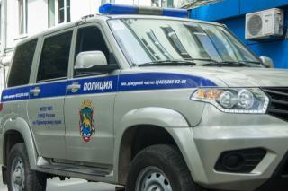Мужчина напал на 80-летнюю пенсионерку во Владивостоке