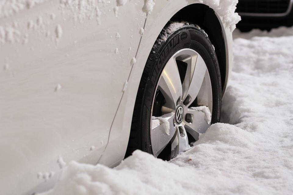 Четверо автомобилистов чуть не замерзли в Приморье