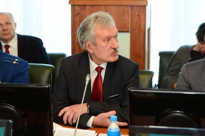 Директор департамента финансового контроля Приморья занял пост председателя КСП