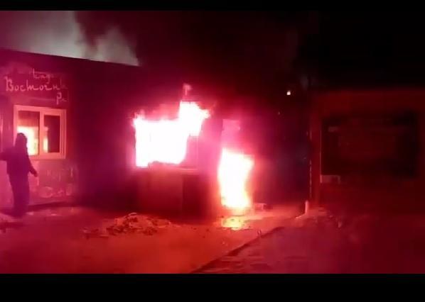 Уже шестое возгорание коммерческого здания произошло в Приморье