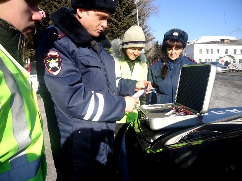 Приморские студенты попробовали себя в роли инспекторов ДПС