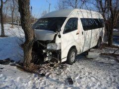 Пьяный автомойщик из Приморья попал в аварию на угнанном авто