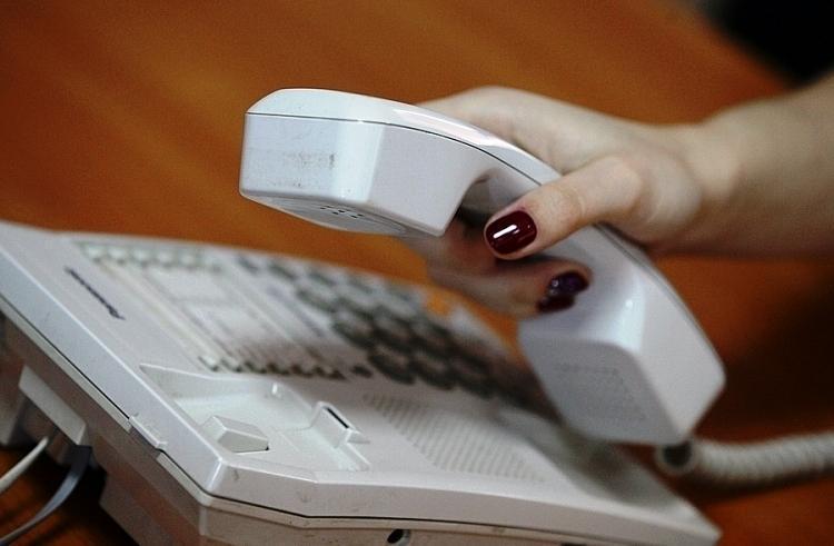 Более 300 звонков поступило на телефон горячей линии от родственников экипажа пропавшего «Востока»