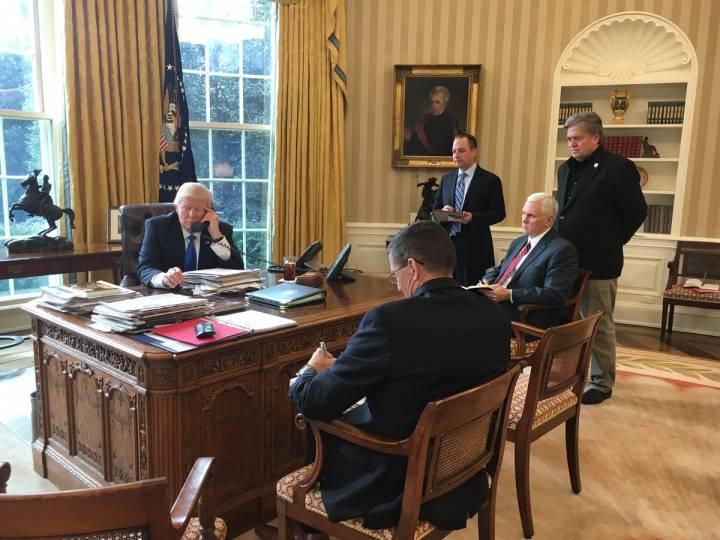 Кремль: телефонный разговор Путина и Трампа прошел в позитивном ключе