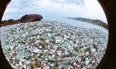 Англичане восхитились пляжем с бутылками из-под водки в Приморье