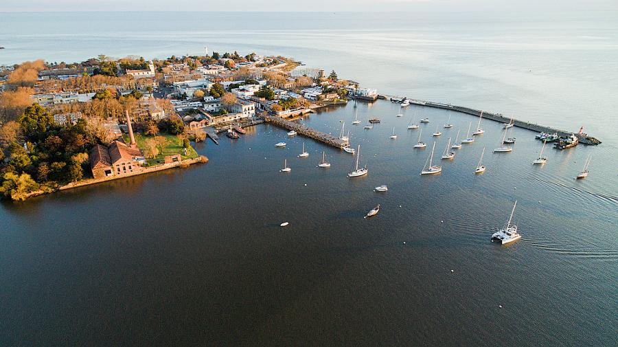 «Надо брать»: яхту за 809 млн рублей продают во Владивостоке