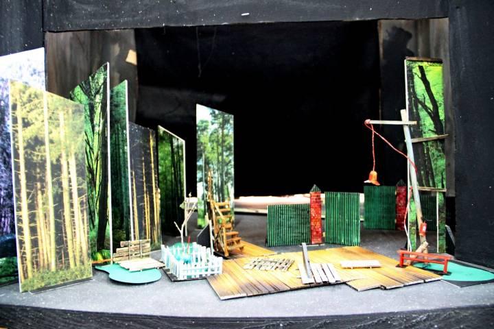 Бутафория и антиквариат: как вещи обретают новую жизнь в театре