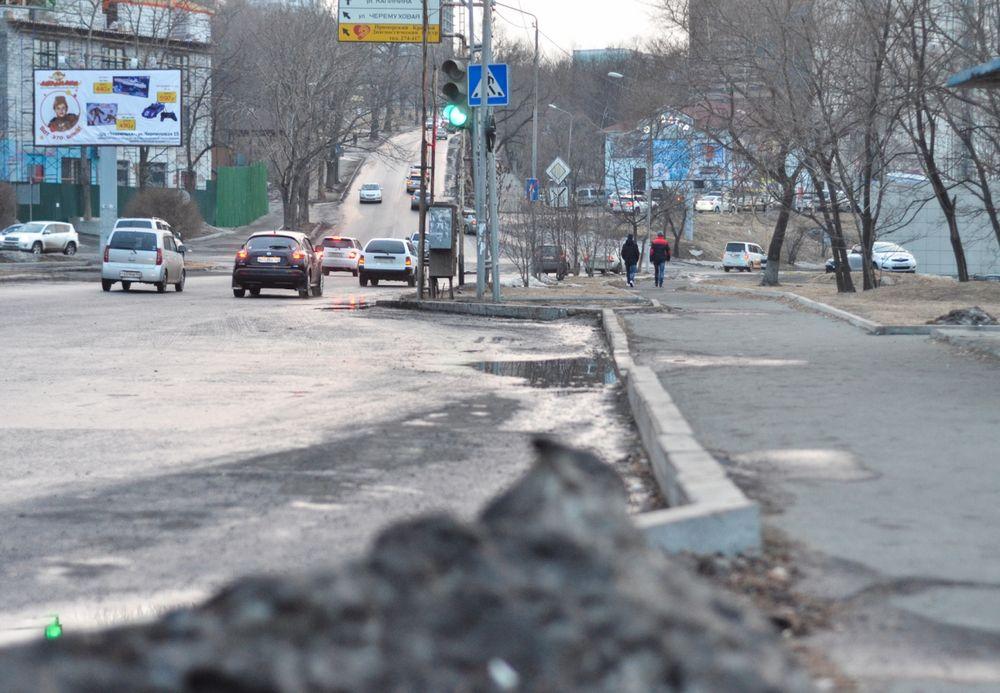 Весна пришла на дороги Владивостока