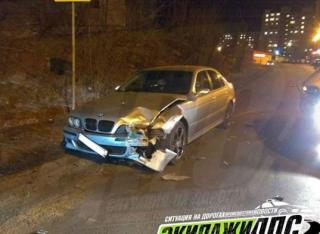Водитель BMW стал виновником массовой аварии во Владивостоке