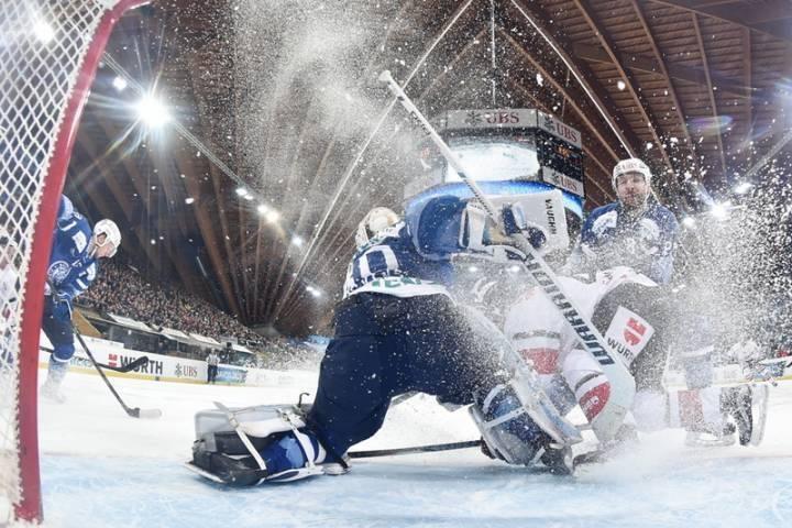 Приморский «Адмирал» обыграл «Витязь» и вышел в плей-офф