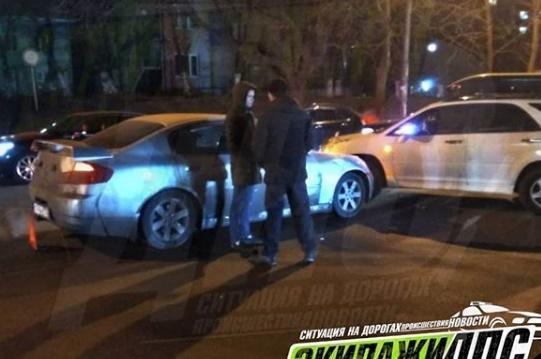 Знаменитый  «автоподставщик» на Skyline продолжает терроризировать водителей Владивостока