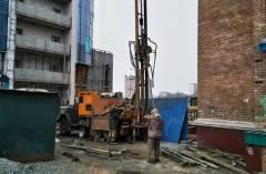 Специальные маячки отслеживают состояние зданий, расположенных рядом с обвалом во Владивостоке