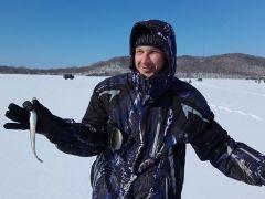 ТОФ провел чемпионат по подледному лову на острове Русском