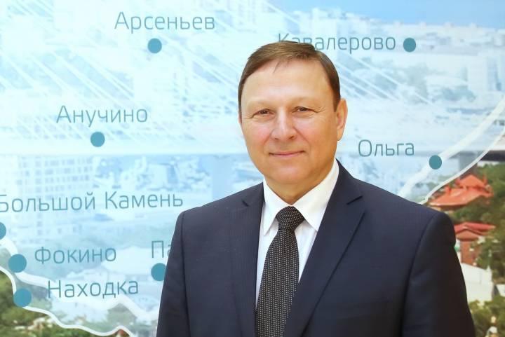 Поздравление с Днем защитника Отечества от председателя Законодательного Собрания Приморья Александра Ролика