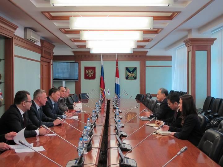 Развитие межпарламентских связей укрепит сотрудничество России и Южной Кореи – Александр Ролик