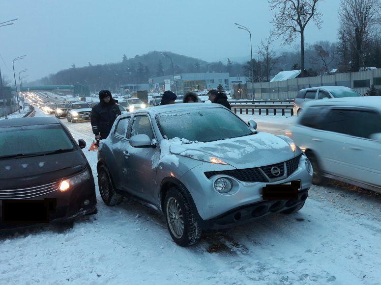 Госавтоинспекция Владивостока перешла на усиленный режим работы
