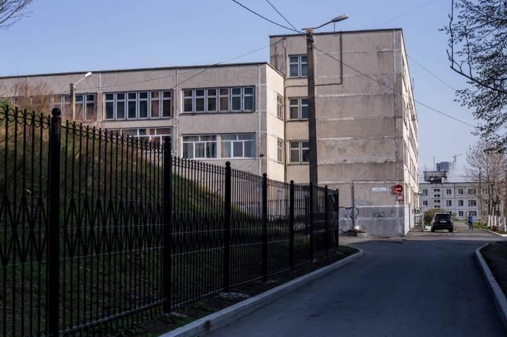 Во Владивостоке женщина подделала документы, чтобы устроить дочь в школу
