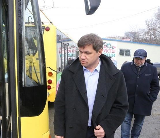 Глава Владивостока проинспектировал дороги, которые отремонтируют в этом году