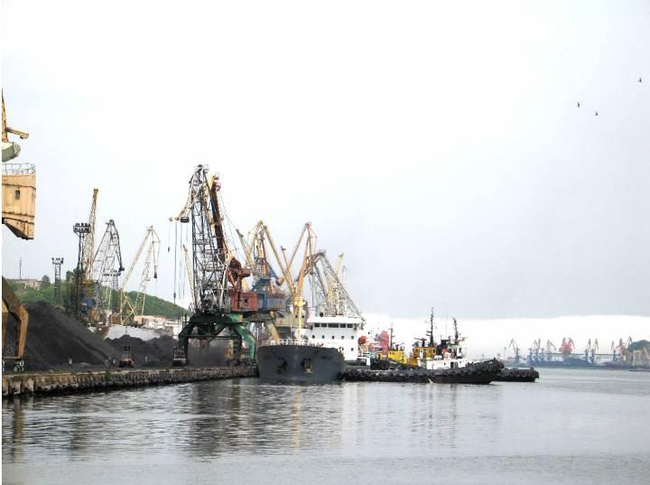 Росприроднадзор ограничил деятельность одного из угольных терминалов в Находке