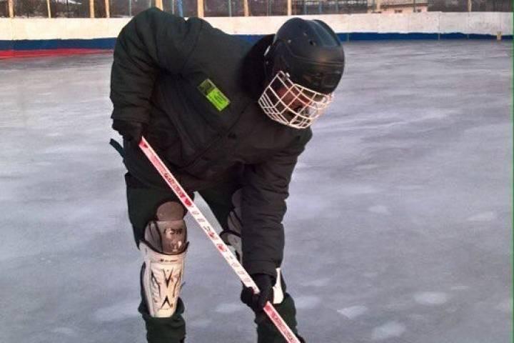 Несовершеннолетние заключенные завершили хоккейный сезон в Приморье