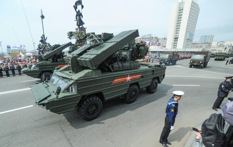 На Дальнем Востоке парад Победы соберет более девяти тысяч человек