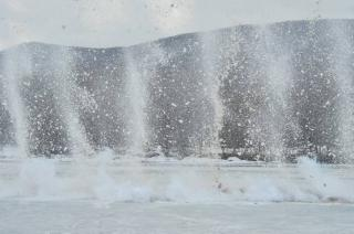 Жителей и гостей Владивостока предупреждают об опасности