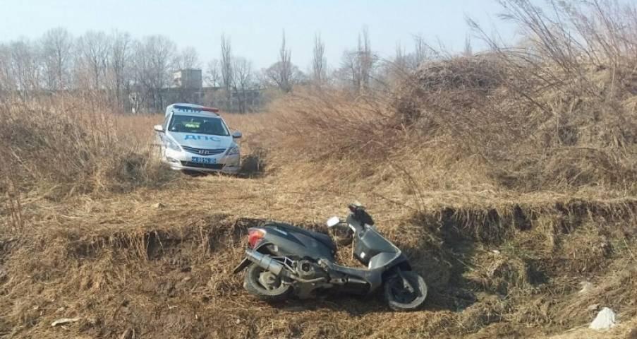 В Приморье пассажирка мопеда погибла в ДТП
