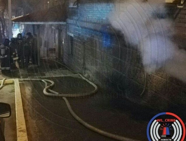 Во Владивостоке горит отдел полиции