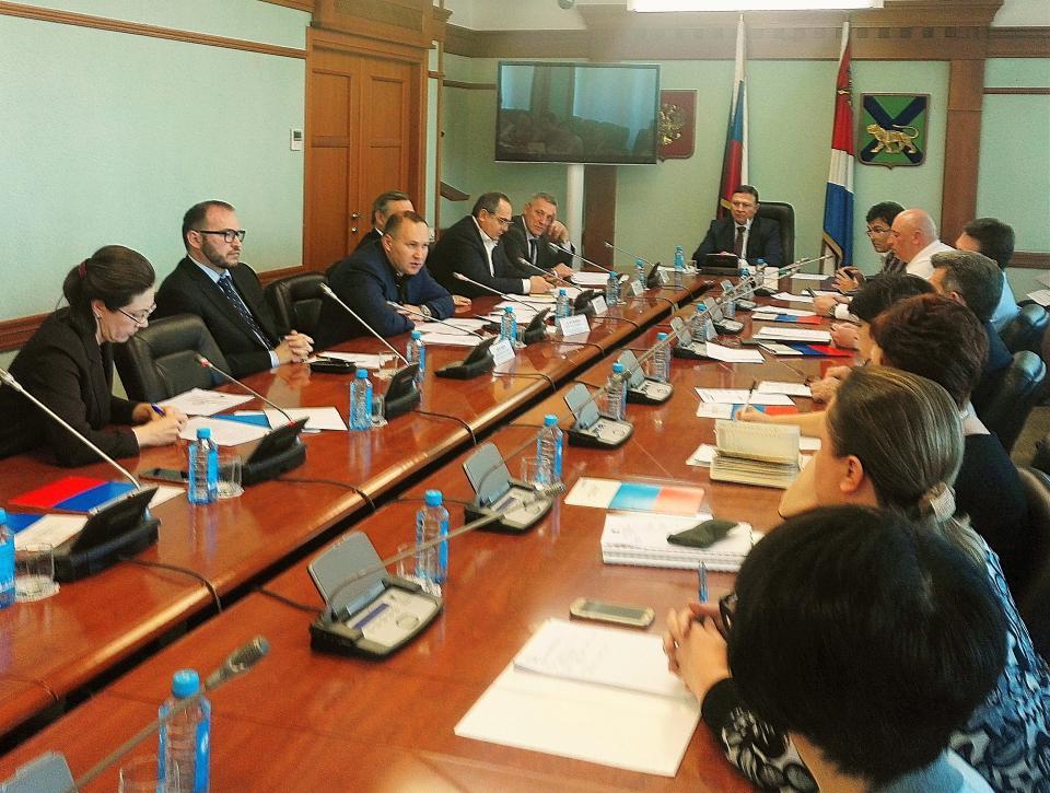 Совет ЗС ПК утвердил повестку очередного заседания краевого парламента