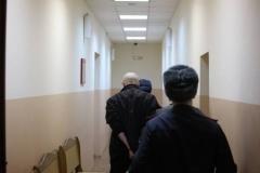 С автоматами и в масках: как задерживали учителя из Владивостока, оскорбившего русских