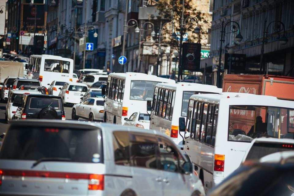 Пробки  сковали утренний Владивосток