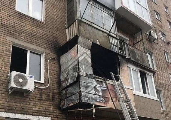 Пожарные потушили квартиру во Владивостоке