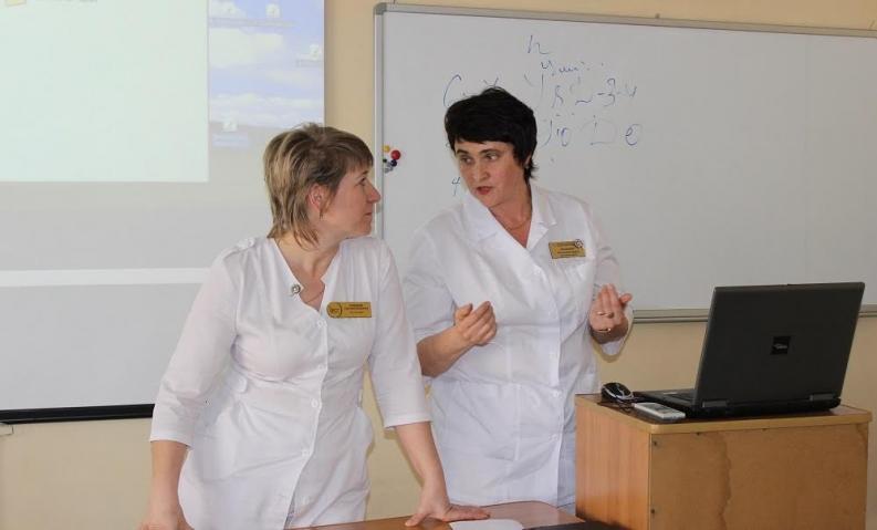 Старшеклассницам Владивостока рассказали о здоровье и хорошем настроении