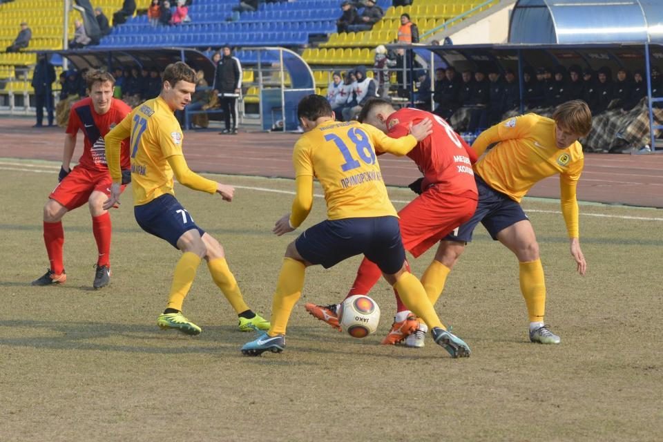Матч «Луча» и «Енисея» закончился поражением приморской команды