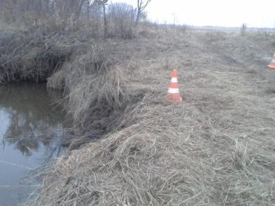 Житель Приморья утонул в реке, находясь в собственном автомобиле