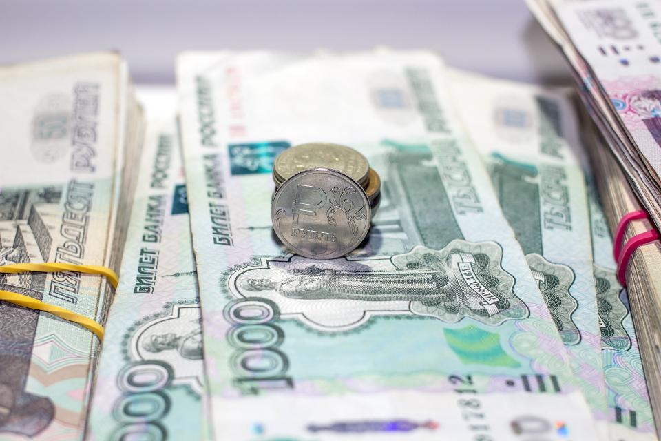 Повысятся ли цены в Приморье из-за падения рубля?