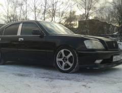 Две «Тойоты» во Владивостоке угнали прямо с городской штраф-стоянки