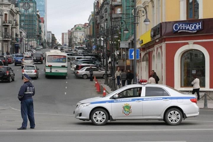 На центральных улицах Владивостока ограничат движение транспорта