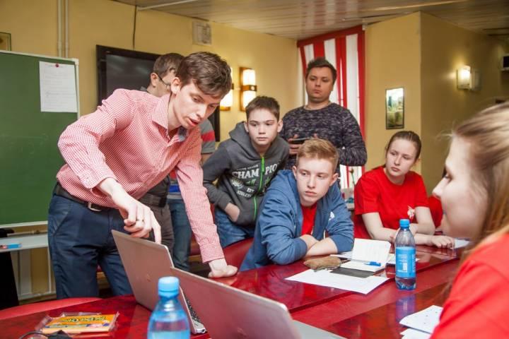 «Ростелеком» провел мастер-класс по профессиональному мастерству для ребят ВДЦ «Океан»